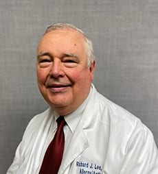 Dr. Richard J. Lee photo